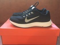 Tenesi/Adidași/Pantofi negri Nike