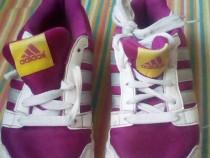 Adidasi adidas copii unisex nr 31 la pret afisat