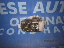 Broasca usa Ford Mondeo; 96BGF26413