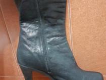 Cizme cu toc (botina inalta) neagra din piele