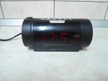 Radio cu ceas si proiector, Clatronic