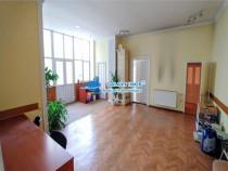 Inchiriez casa cu 5 camere in Centru 182 mp ideala pentru bi