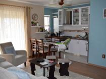 Apartament 4 camere 89 mp + 11 mp + garaj de la PF Eroilor