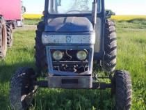 Tractor Leyland 272 International