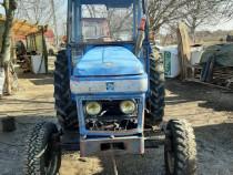 Tractor Leyland 272 International, motor Perkins