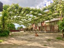 Casa la 15 km de Deva comuna Hărău