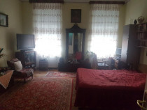 Apartament 3 camere, zona centrala str. Alexandru Xenopol
