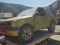 Dezmembrez dezmembram piese auto Opel Frontera 2.0 an 1995