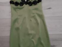 Rochie de seară din satin cu inserții lucrate manual