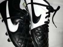 Ghete fotbal Adidas 42