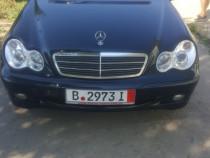 Mercedes Benz clasa c 220