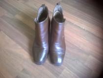 Pantofi de damă ( tip gheată, de piele )