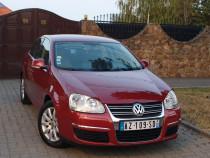 VW Jetta 1.6i Benzina 102 CP 2007 Euro 4