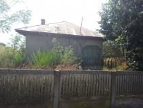 Casa si teren in sat Calinesti, com. Radomiresti