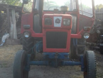 Tractor 650 perfect funcțional fabricație 91 negociabil
