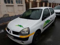 Renault clio simbol sau dezmembrez