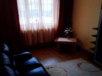 Chirie Apartament 3 camere decomandat central Roman, Neamt