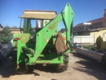 Brat escavator, escavator pentru tractor