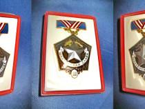 1512-Medalia sovietica Gloria Minerului metal emailat, aurit
