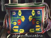 Geanta handmade decorata cu motivul popular Oltenia flori
