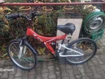 Bicicleta 24 RICH R2448A alb rosu pentru copii stare impecab