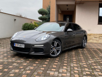 Porsche Panamera 3.0d - Soft close/keyless/bosse/