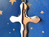 B197- Cruce mica cu rugaciune Tatal nostru in spaniola.
