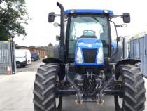 Tractor New Holland de 165 cp foarte intretinut