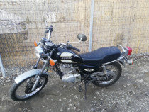 Motocicleta Suzuki GN125