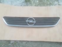 Grila cromata Opel Astra G
