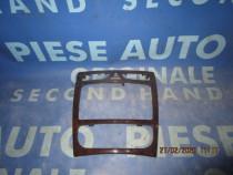 Ornament bord Mercedes C200 W203; A2036804639