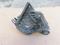 Suport alternator/ pompa injectie astra h 1.9 cdti
