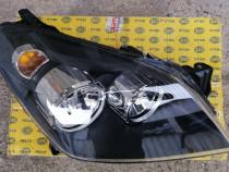 far Opel Astra H fond negru dreapta