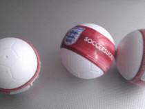 Colectie de mingi in miniatura
