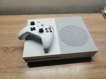 Xbox One S + 6 jocuri
