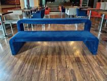 Canapea cafenea
