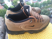 Bocanci, Nike,mar 41 (26.cm).made In Indonesia