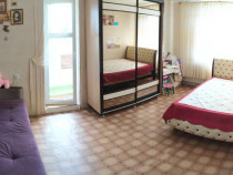 Apartament 1 camera medicina langa facultate etaj 1