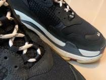 Balenciaga Triple S - leather sneakers - Black- 44