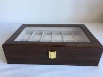 Cutie caseta depozitare lemn maro pentru 12 ceasuri lemn.nou