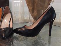 Pantofi stileto, lac - imitatie pile de sarpe