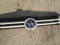 Grila radiator cu sigla VW Golf 4 doua culori disponibile
