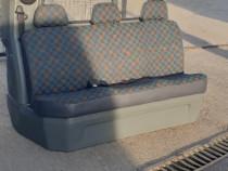 Bancheta 3 loc. cu despartitor pentru Mercedes Vito W638