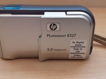 HP Photosmart E327 5MP Digital Camera