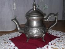Ceainic metalic vechi
