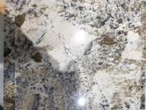 Doua placi de granit