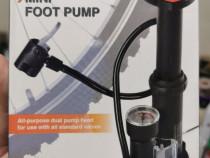 Mini pompa de picior CRIVIT sigilată