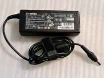 Incarcator Toshiba 19V 3.95A 75W 5.5mm x 2.5mm PA3715U-1ACA