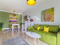 Amenajare relaxată colorată apartament 2 cam. Intre lacuri
