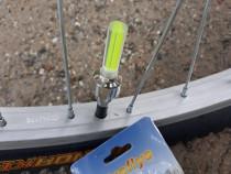 Set 2 leduri culoare albastra pentru roti la bicicleta
